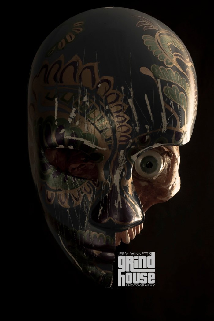Skull_beneath_sm